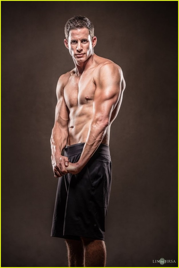 tarek el moussa is ripped in new shirtless pics 043881502