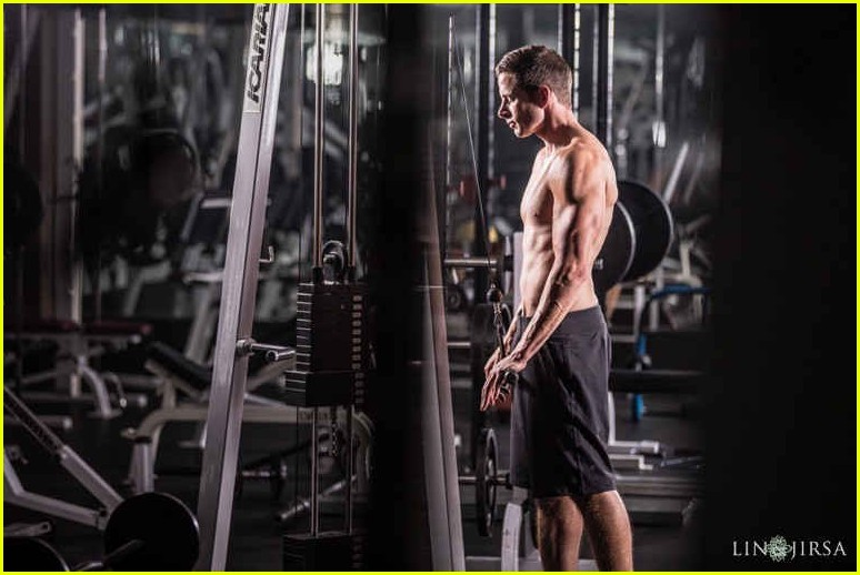 tarek el moussa is ripped in new shirtless pics 063881504