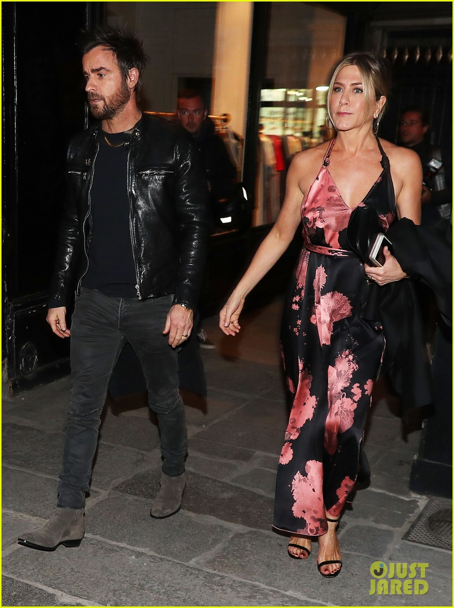 jennifer aniston justin theroux enjoy date ngiht in paris 013885139