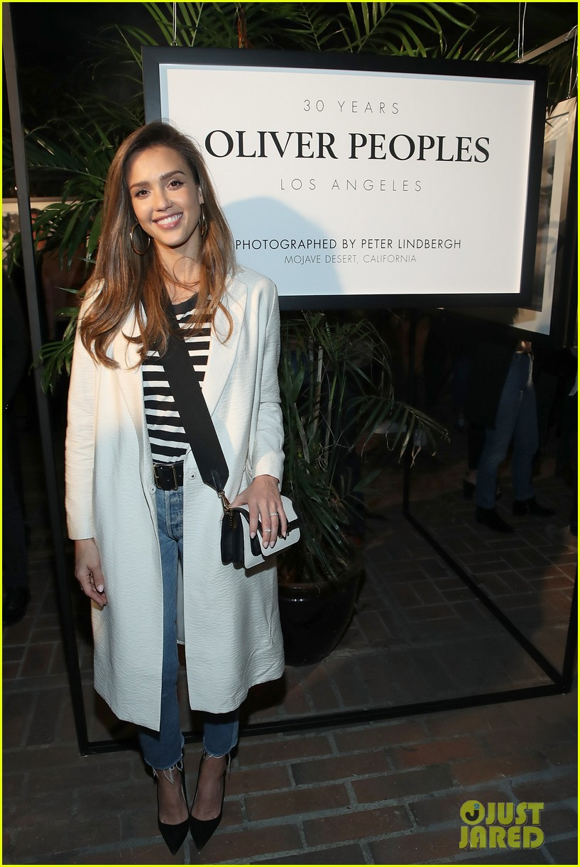 jessica alba oliver peoples party 013898315