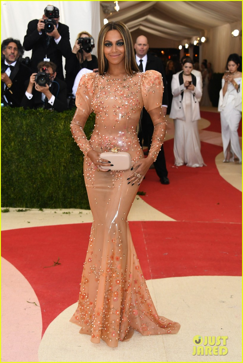 is beyonc233 going to met gala 2017 see her style evolution
