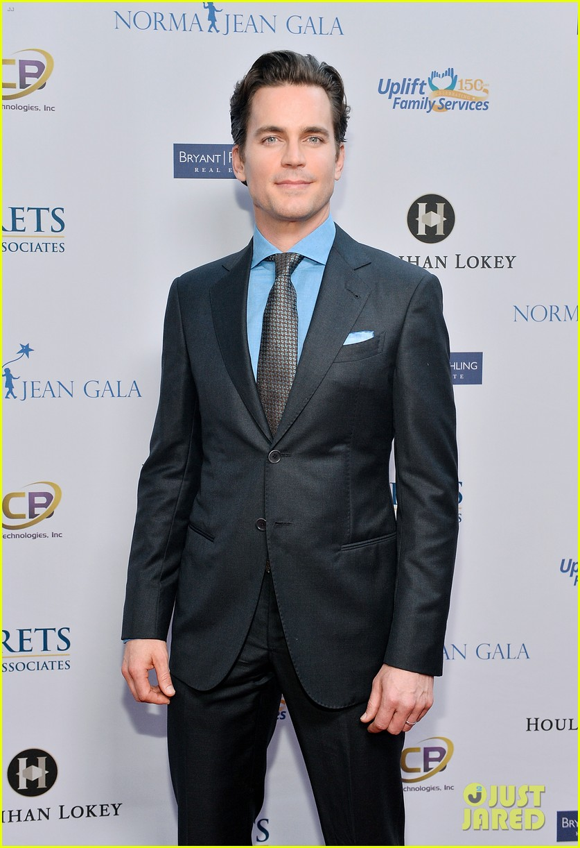 matt bomer husband simon halls honored at norma jean gala 093901458