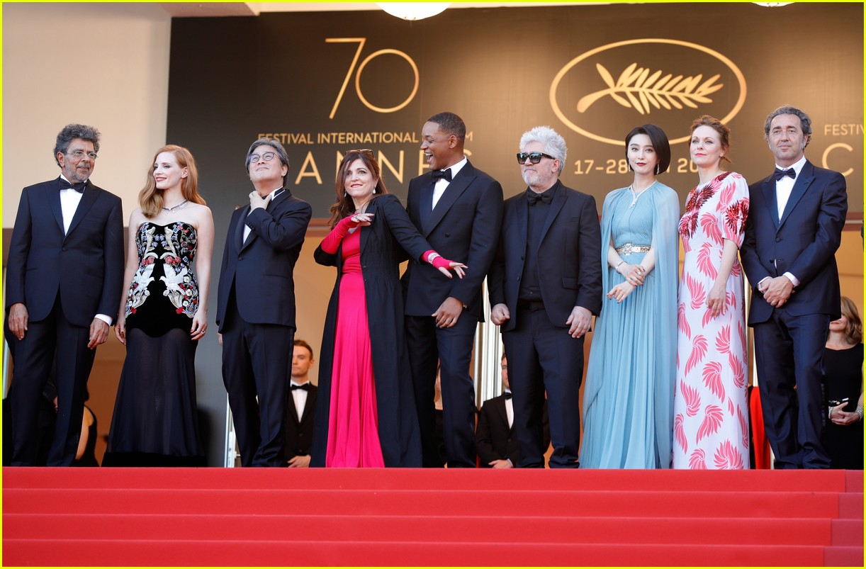 cannes opening ceremony 2017 043900298