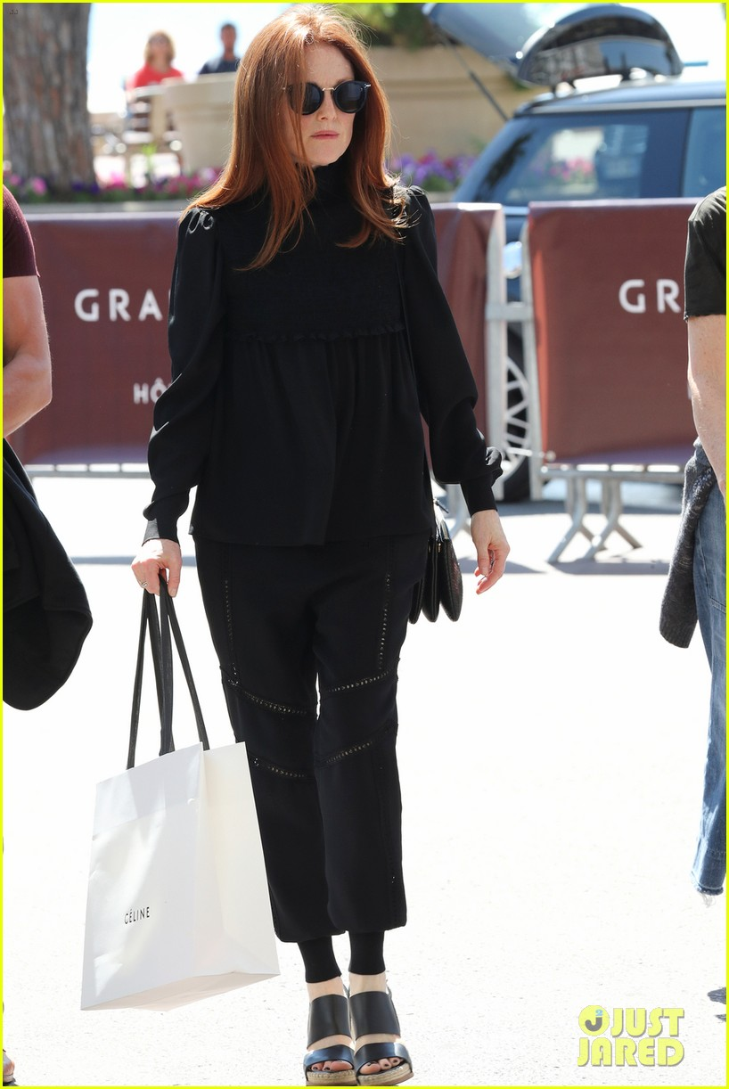 celebrities arrive at cannes film festival 043900120