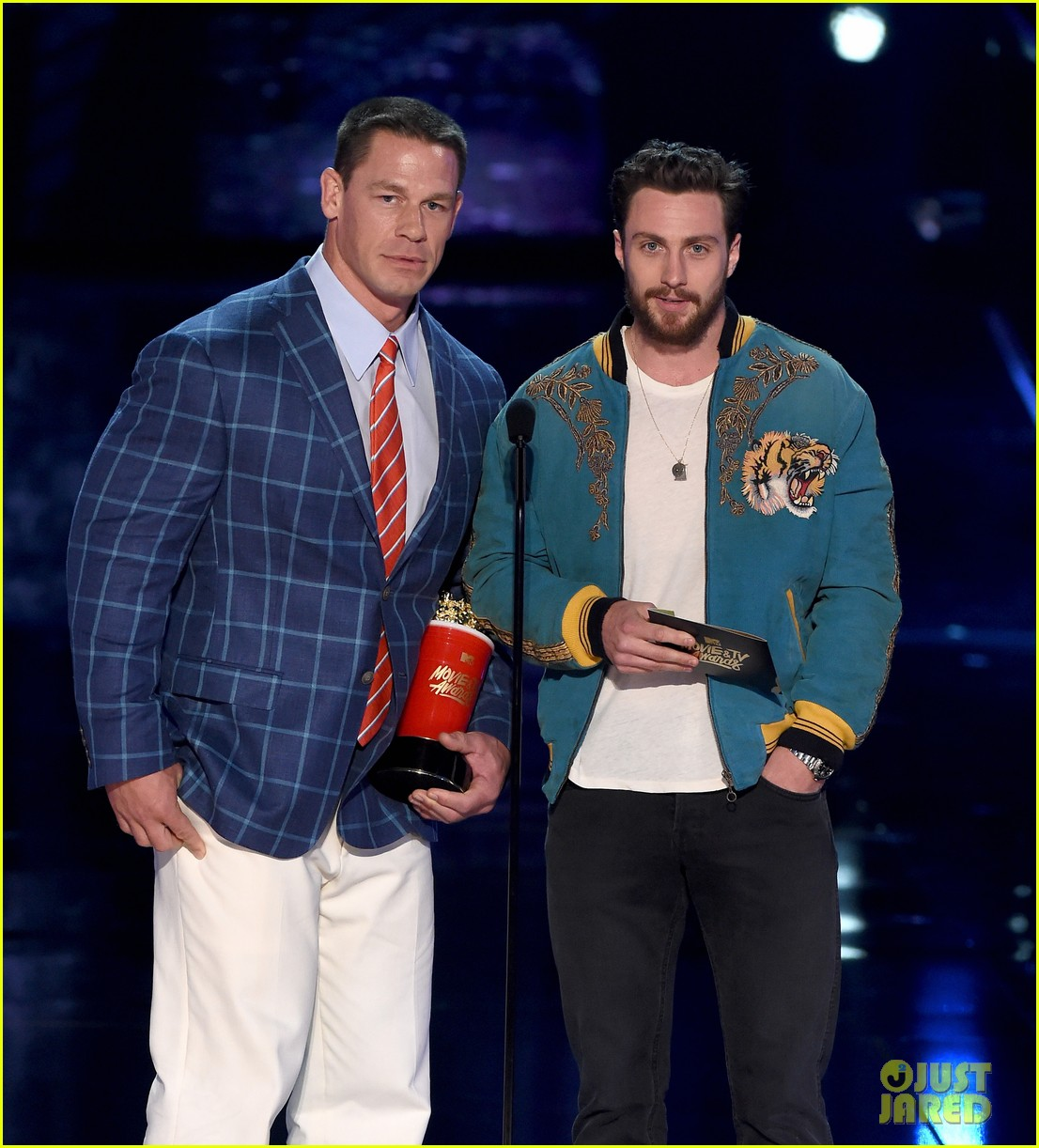 john cena aaron taylor johnson mtv awards 093896371