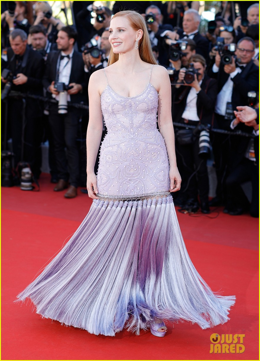 jessica chastain julianne moore continue their fashion fun in cannes 183901620
