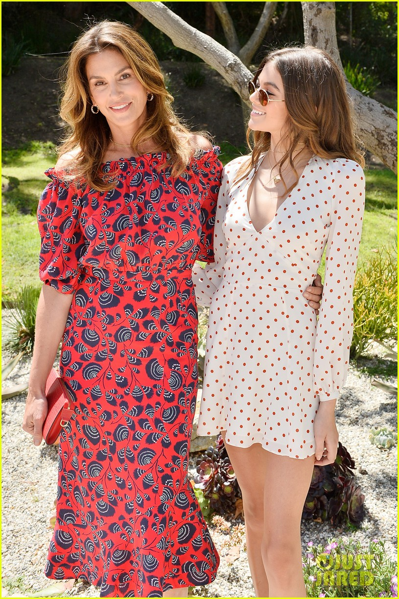 cindy crawford kaia gerber host best buddies mothers day luncheon 013898793