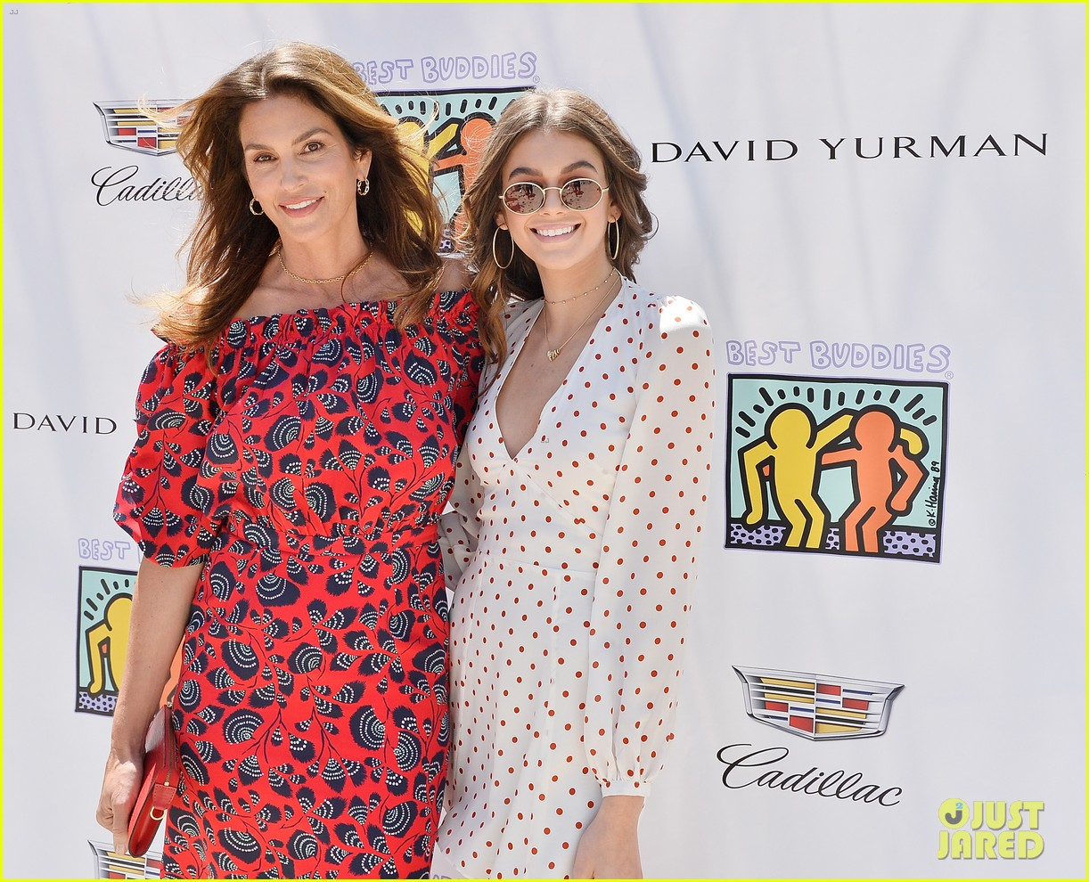 cindy crawford kaia gerber host best buddies mothers day luncheon 053898797