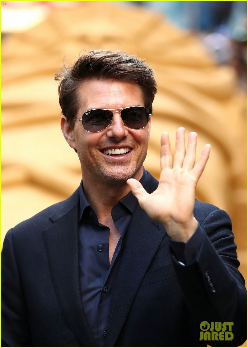 tom cruise says working on the mummy was an unforgettable experience 023904088