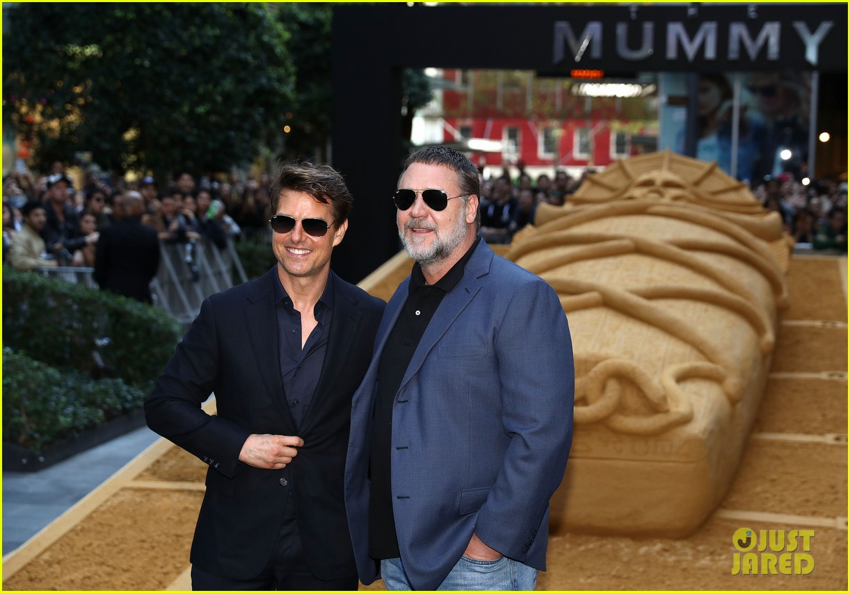 tom cruise says working on the mummy was an unforgettable experience 063904092
