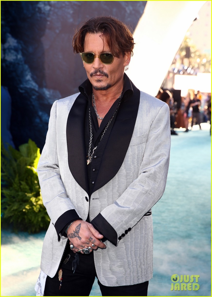 johnny depp orlando bloom premiere pirates in hollywood 023901305