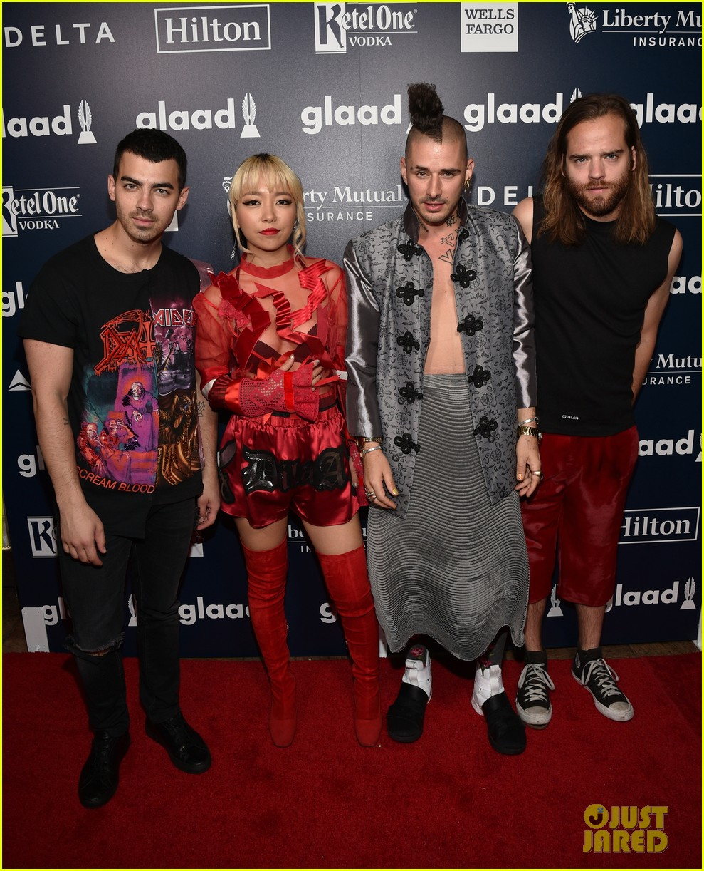 annasophia robb dnce hit up glaad media awards 2017 023895828