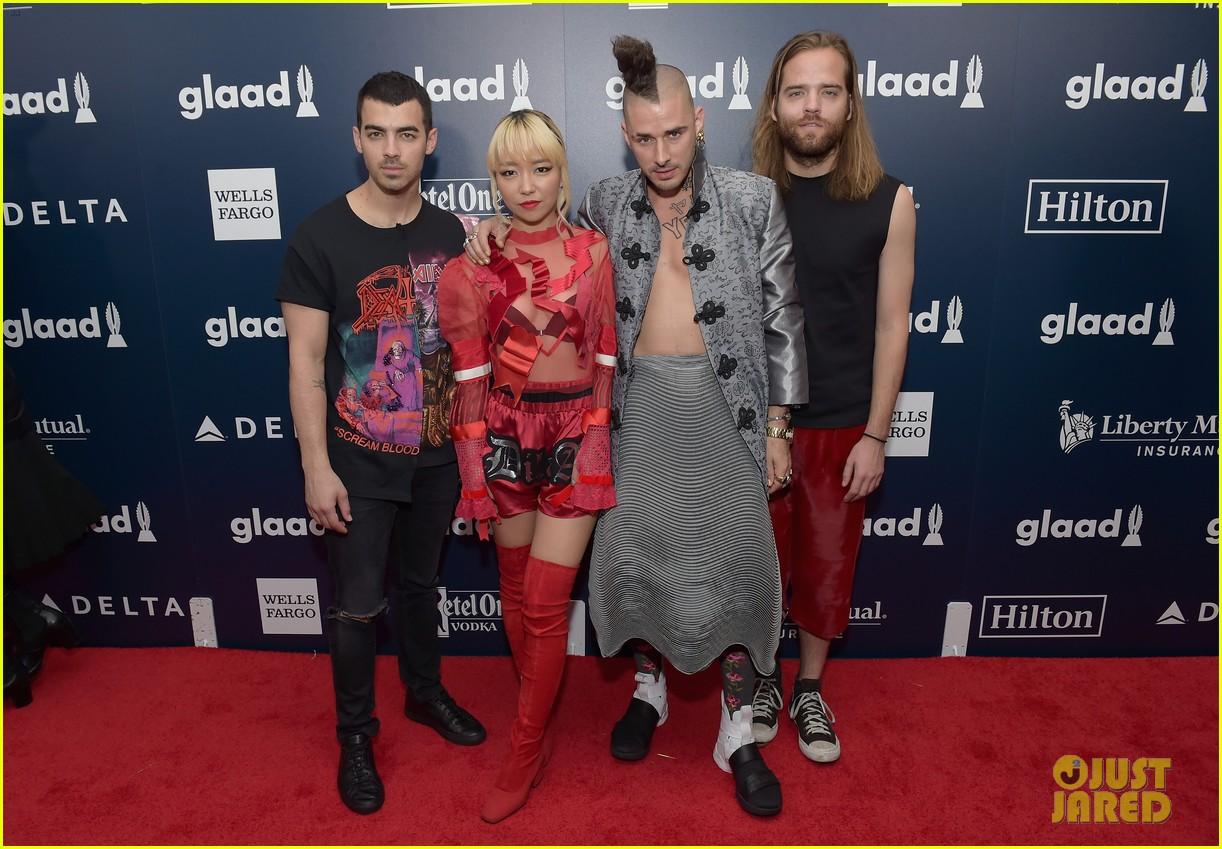 annasophia robb dnce hit up glaad media awards 2017 083895834
