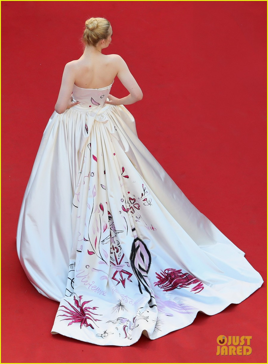 elle fanning dress details lily rose depp cannes opening ceremony 053900401