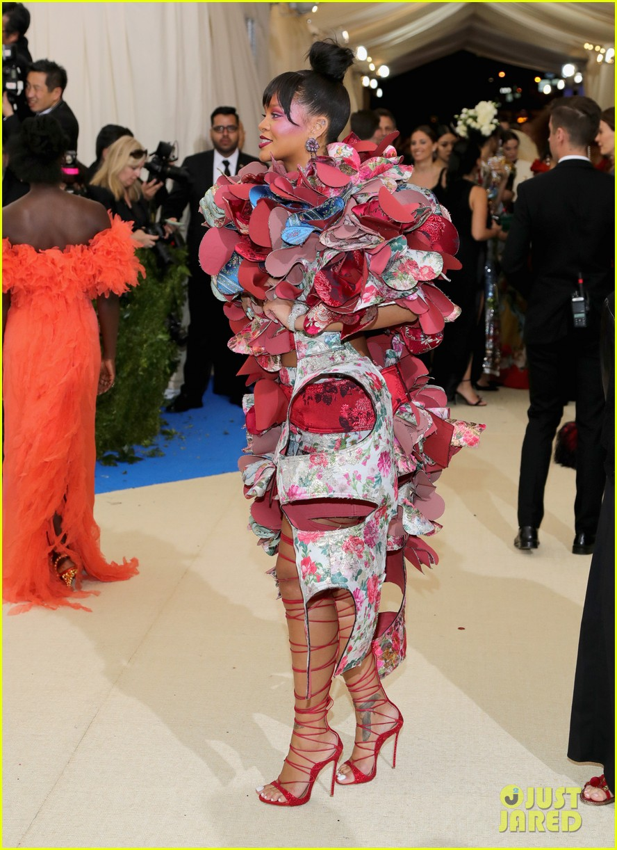 lady gaga picks best dressed met gala 2017 rihanna 113894254