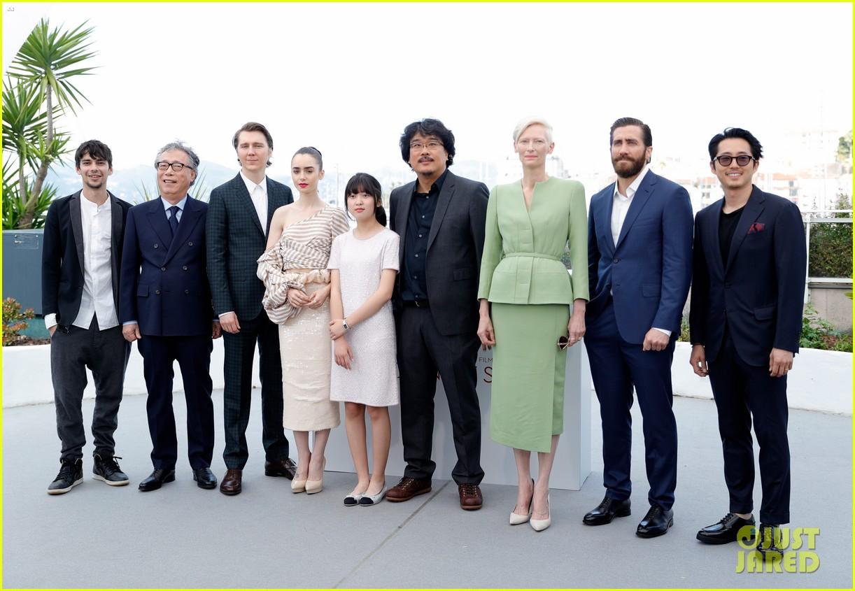 jake gyllenhaal tilda swinton lily collins debut okja at cannes film fest 023901356