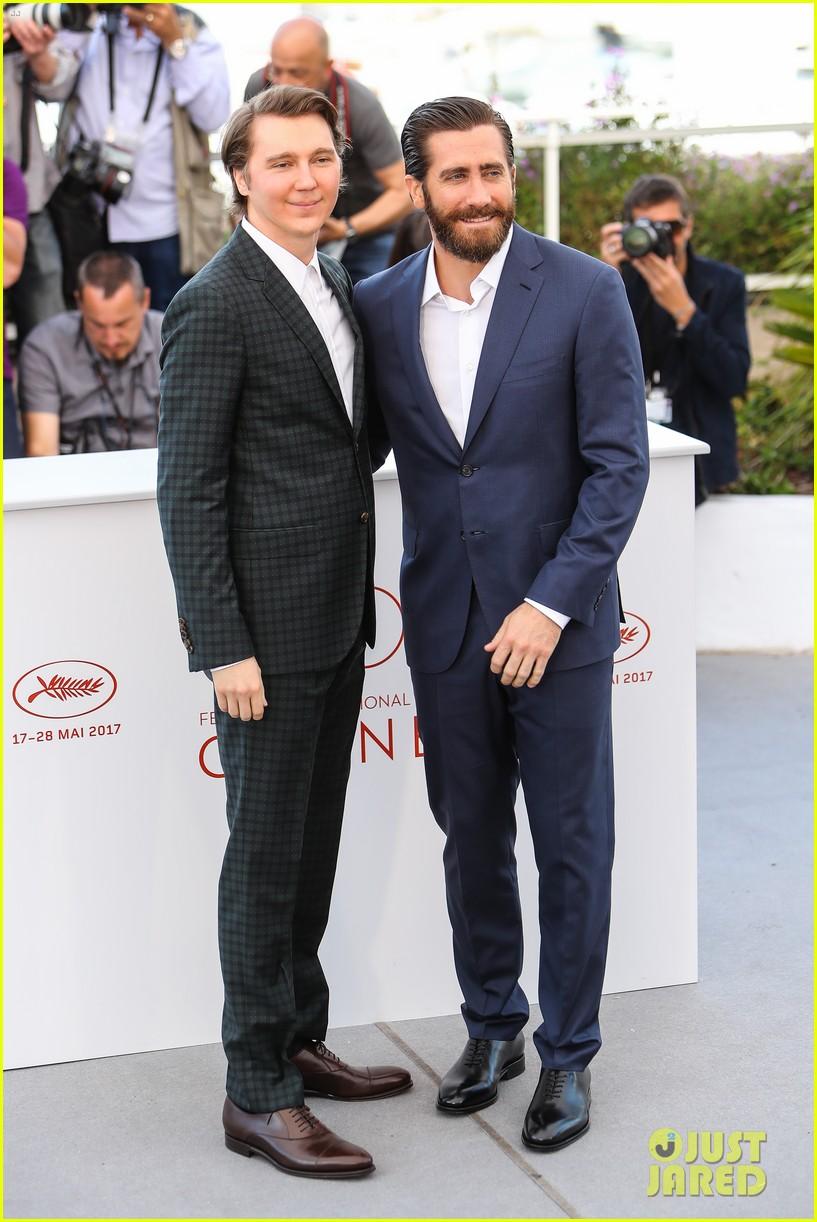 jake gyllenhaal tilda swinton lily collins debut okja at cannes film fest 093901363