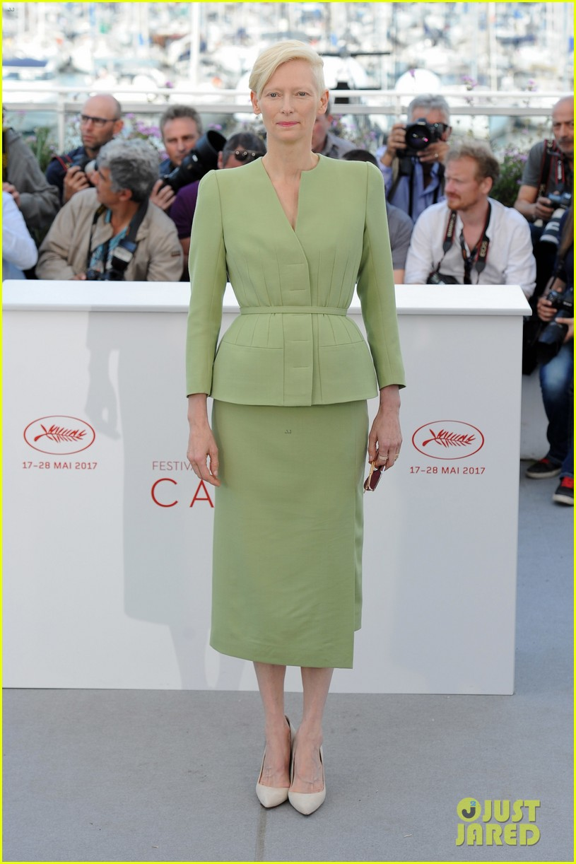 jake gyllenhaal tilda swinton lily collins debut okja at cannes film fest 293901383