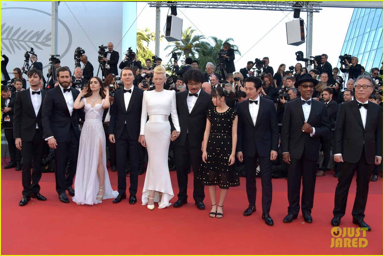 jake gyllenhaal tilda swinton lily collins switch it up for okja cannes premiere 073901561