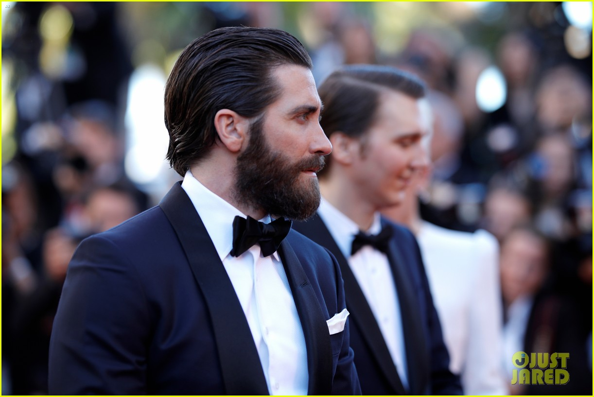 jake gyllenhaal tilda swinton lily collins switch it up for okja cannes premiere 163901570
