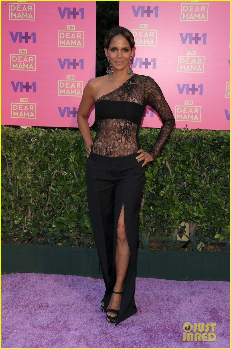 halle berry vh1 moms event 073895944