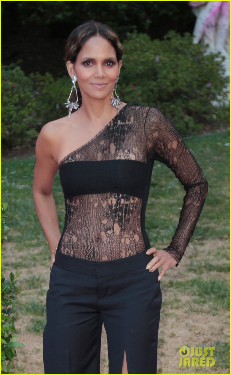 halle berry vh1 moms event 153895952