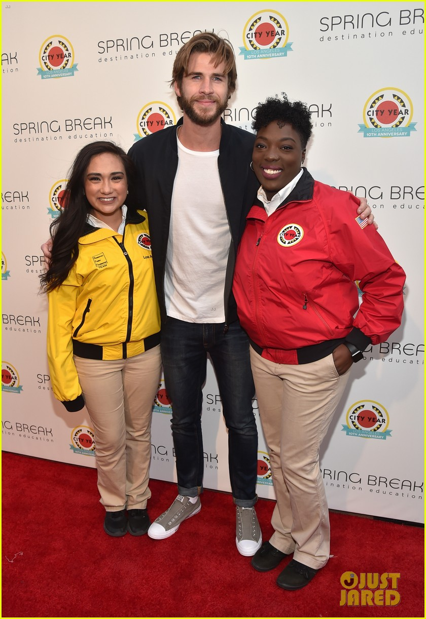 liam hemsworth joey king step out at annual city year la spring break event 223896048