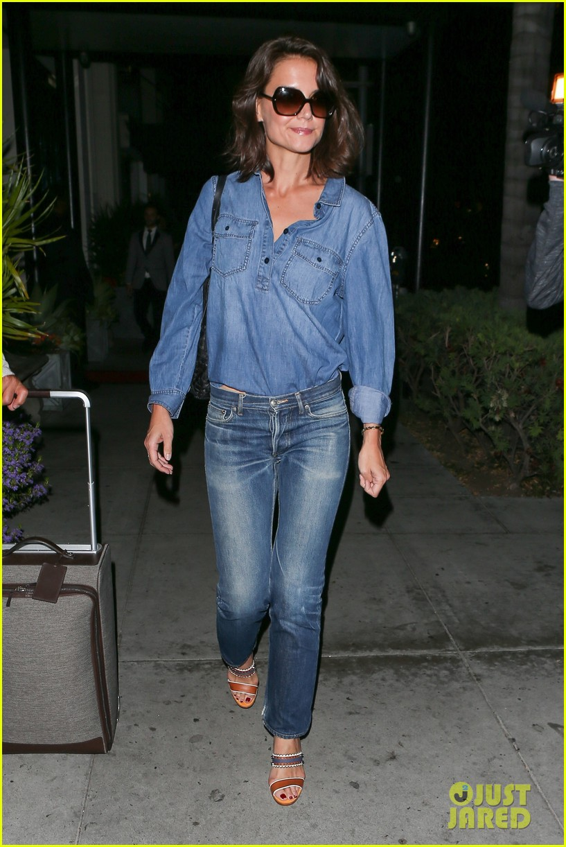 katie holmes rocks denim on denim in nyc013895395