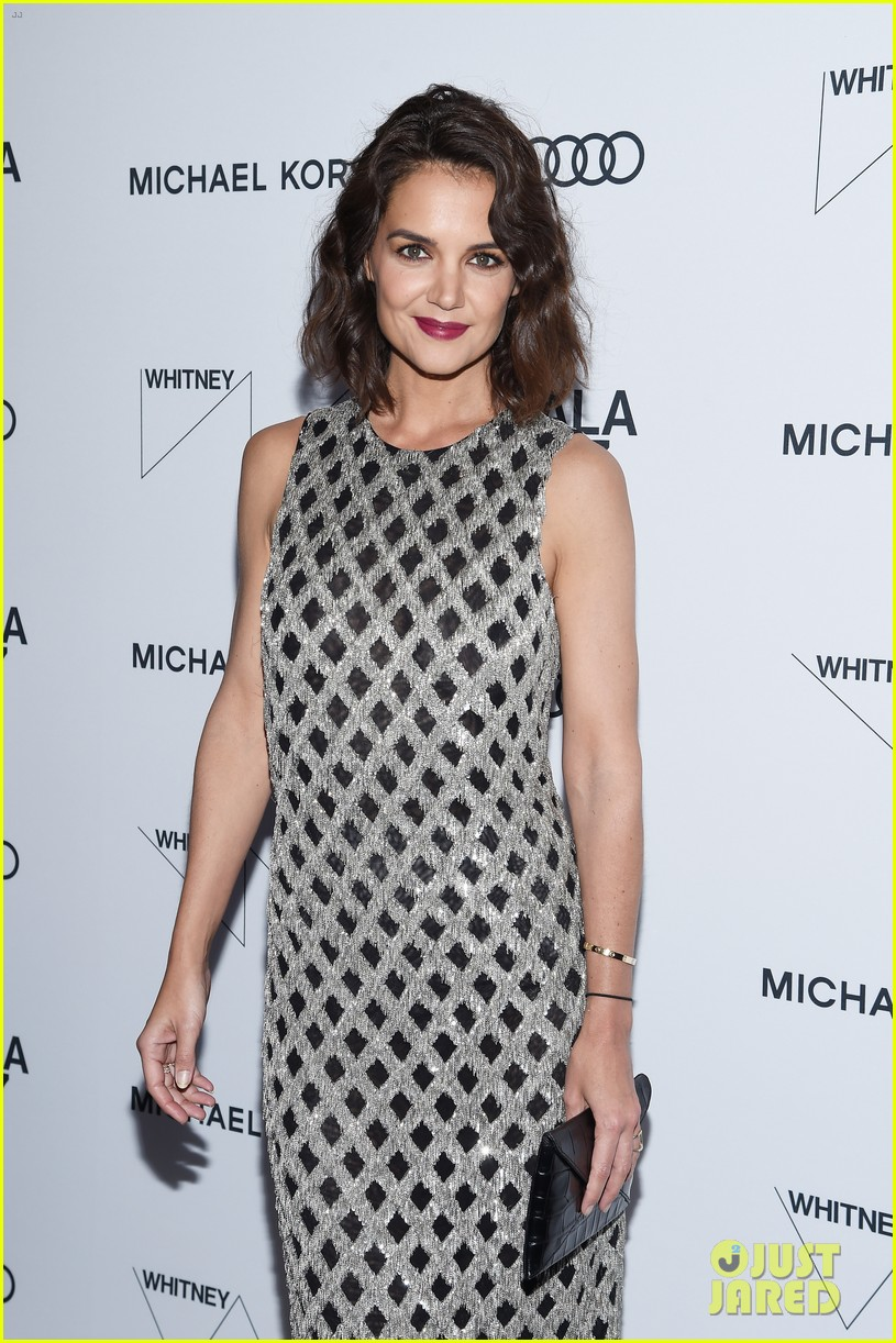 katie holmes shines at whitney event in nyc103904554