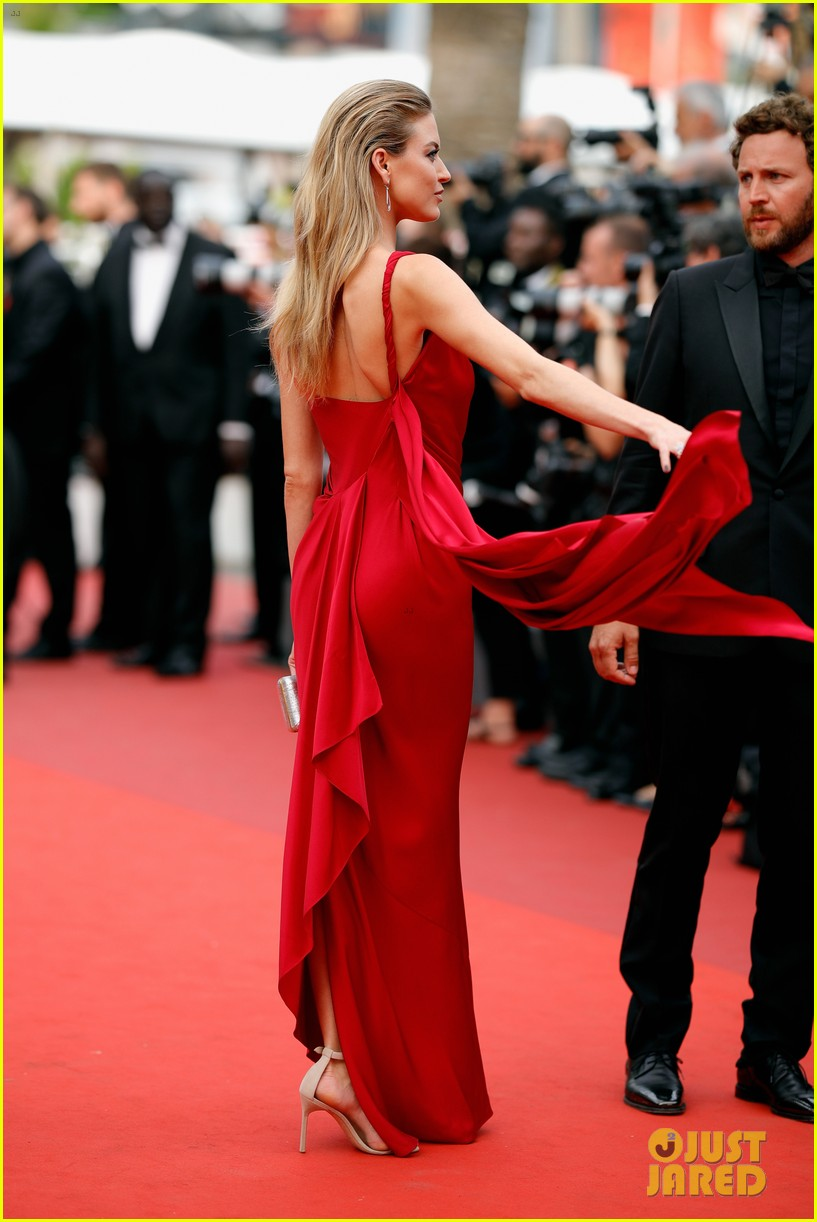 martha hunt izabel goulart go glam at cannes033906148