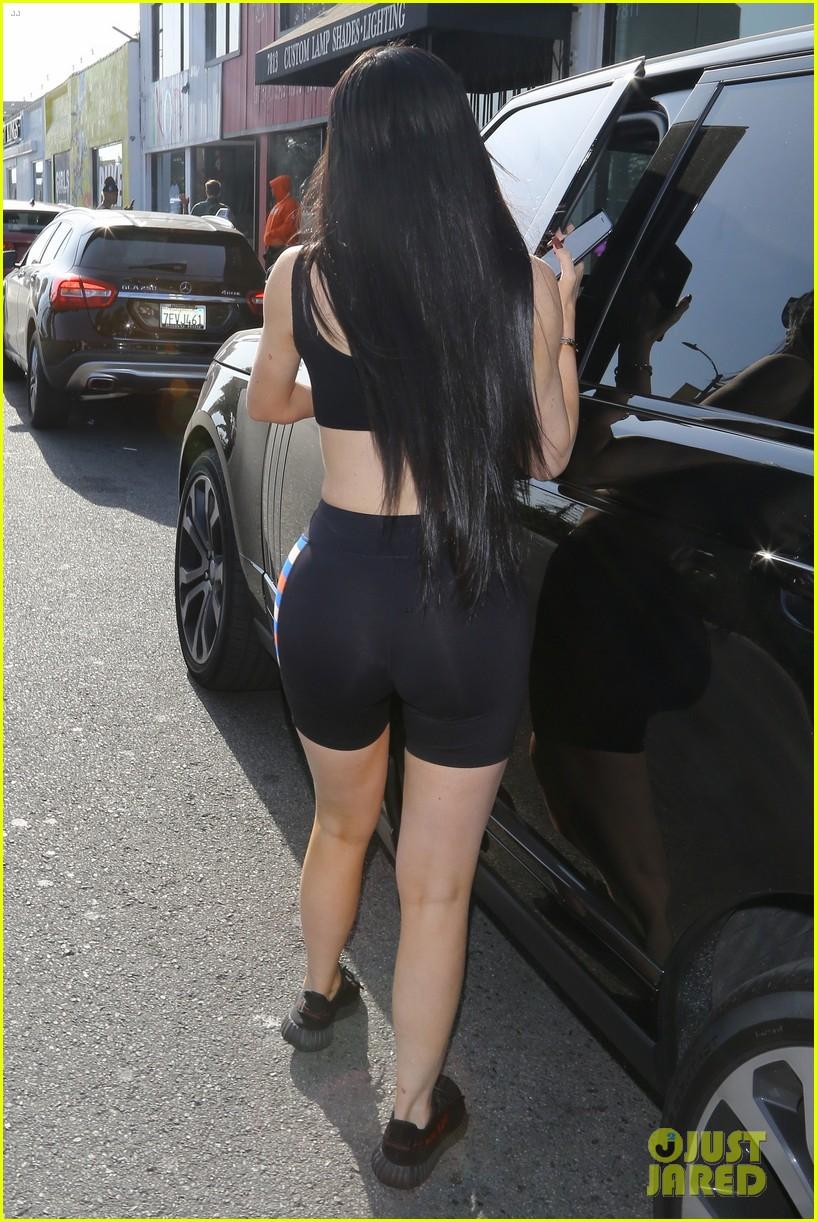 Kylie Jenner Looks Just Like Kim Kardashian In Latest