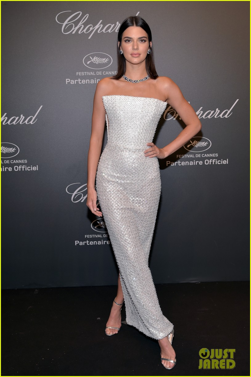 kendall jenner shines like a diamond at chopard space party 013901750