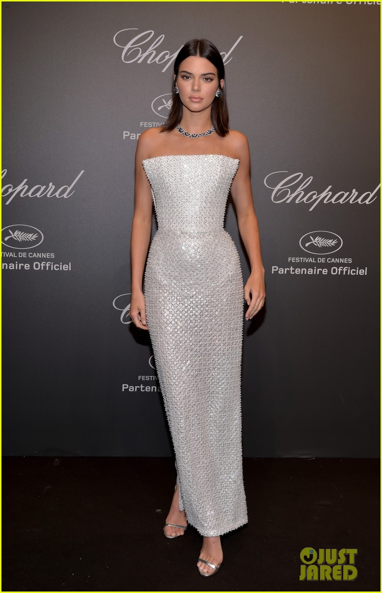 kendall jenner shines like a diamond at chopard space party 073901756