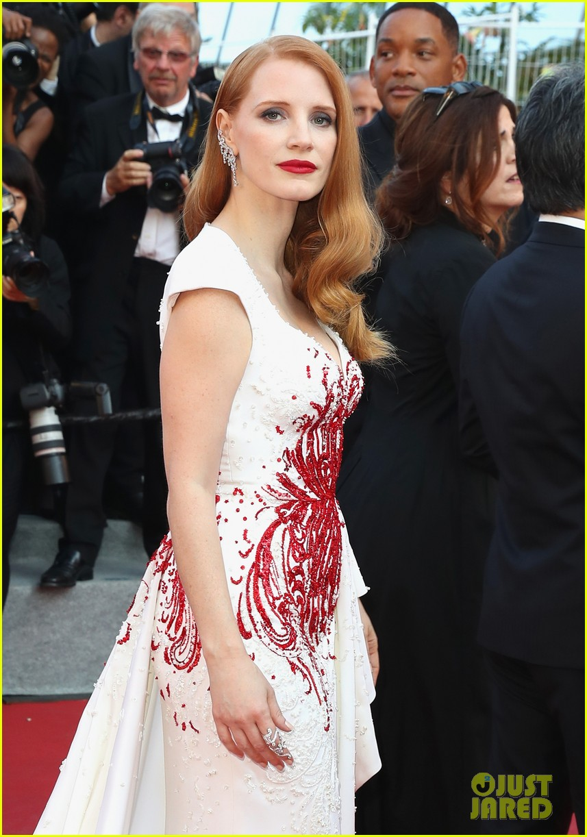 jessica chastain 2017 cannes closing 013906630