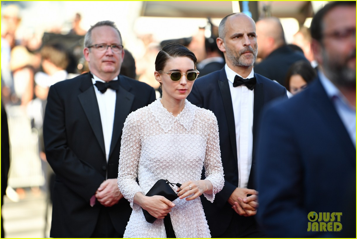 jessica chastain 2017 cannes closing 033906632
