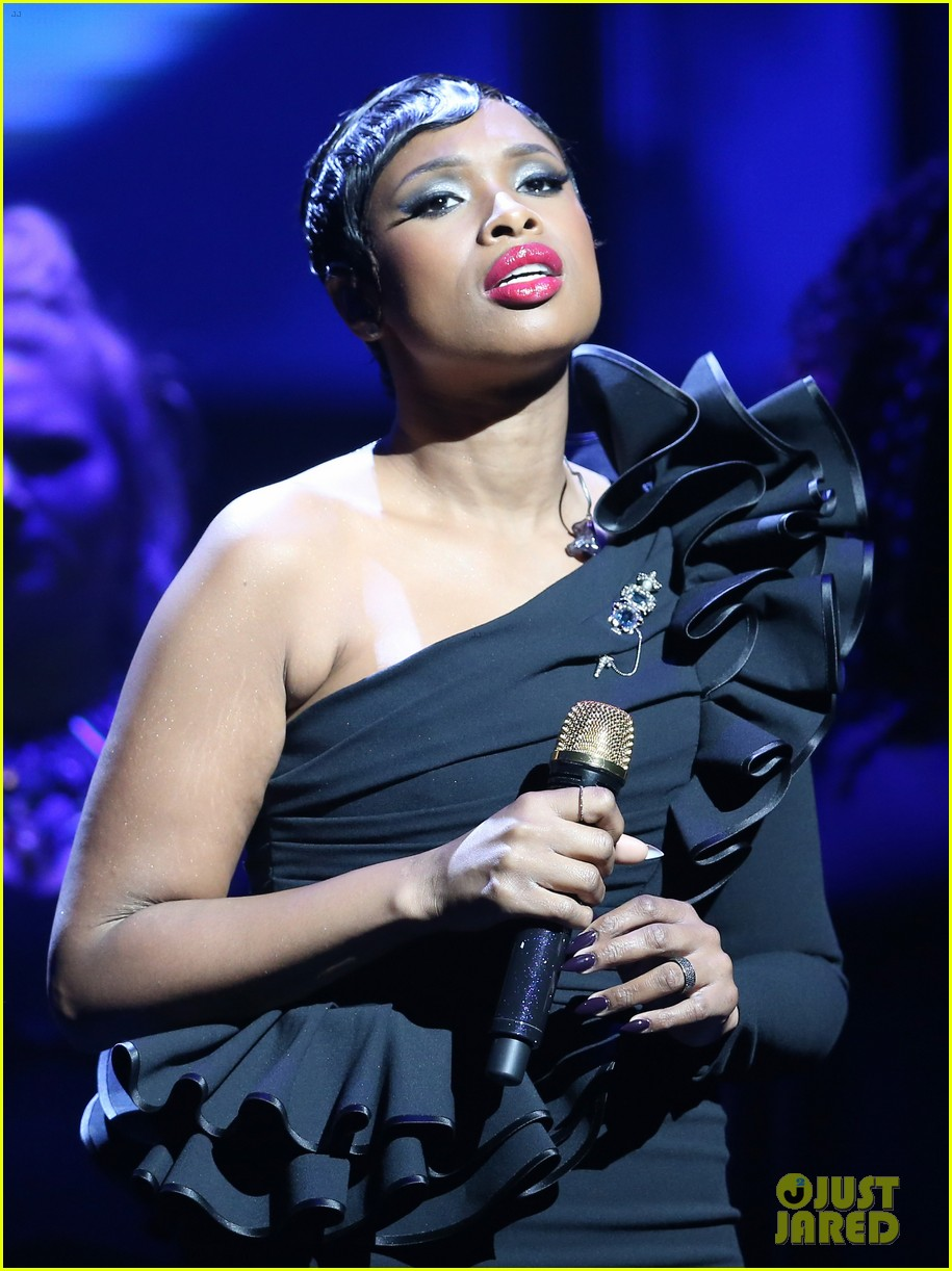 jennifer hudson city theatre group 033902572