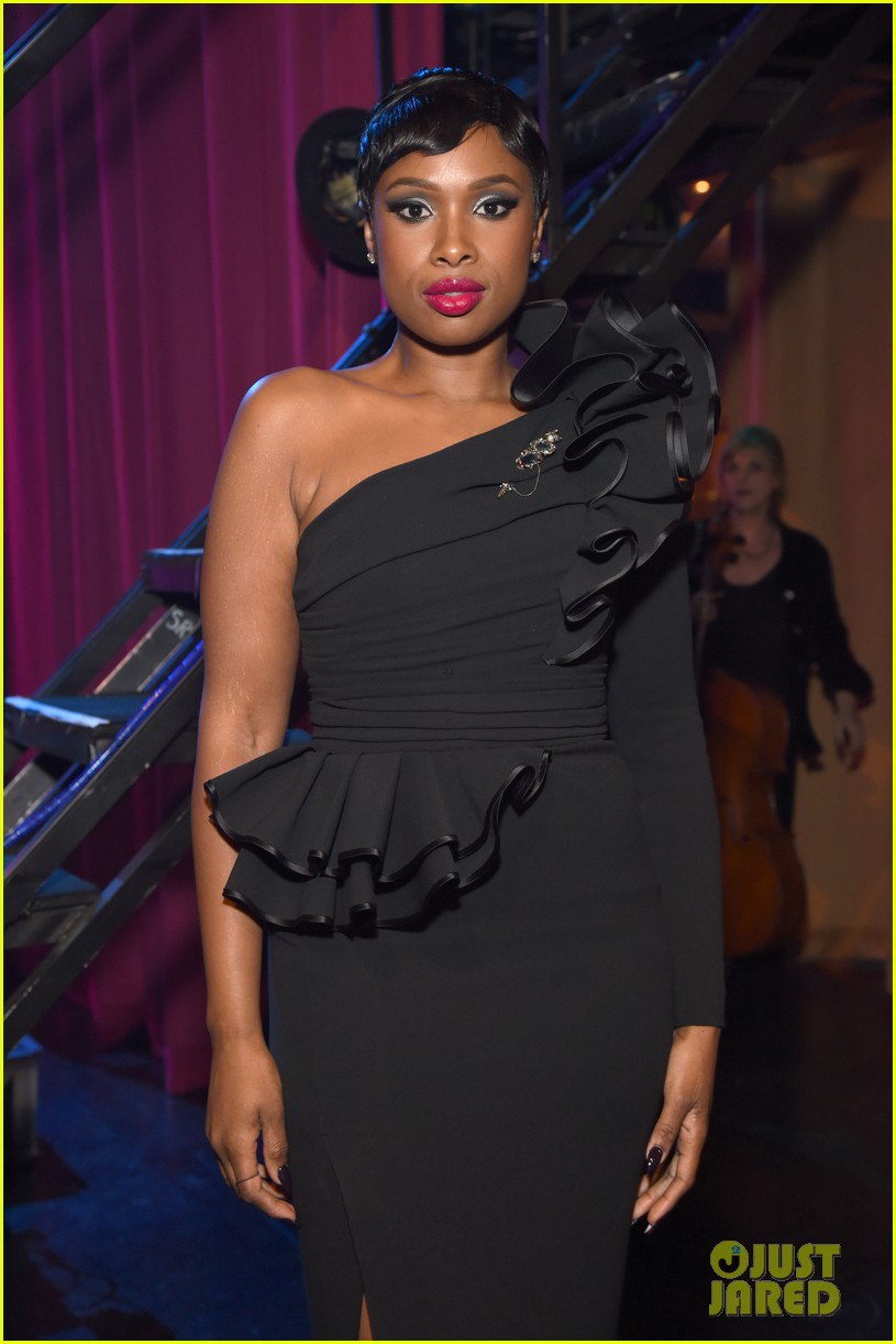 jennifer hudson city theatre group 083902577