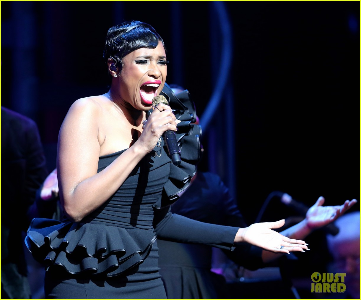 jennifer hudson city theatre group 213902590