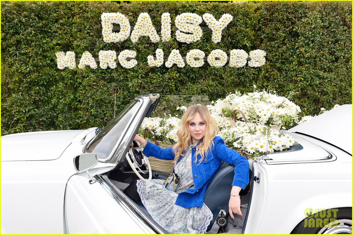 kaia geber marc jacobs daisy fragrance launch 083897317