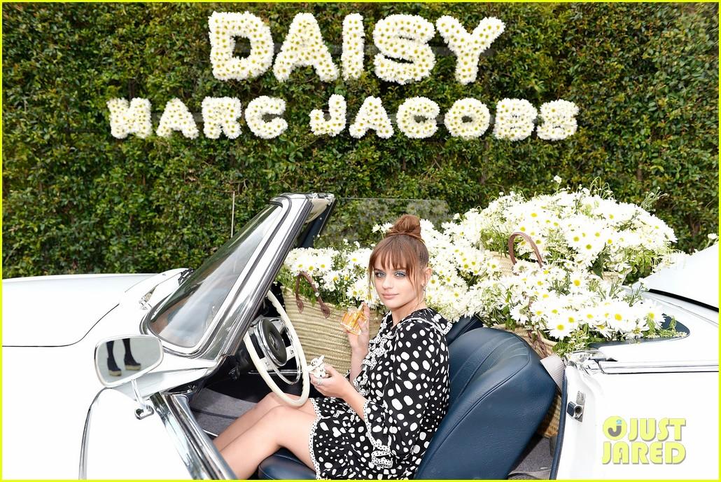 kaia geber marc jacobs daisy fragrance launch 123897321