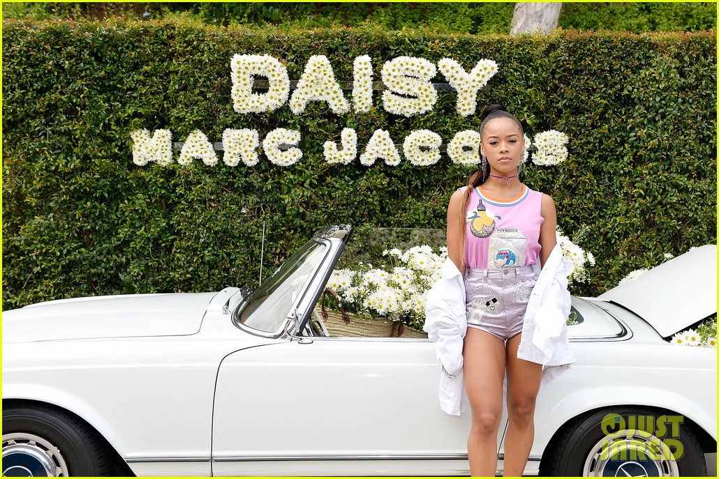 kaia geber marc jacobs daisy fragrance launch 143897323