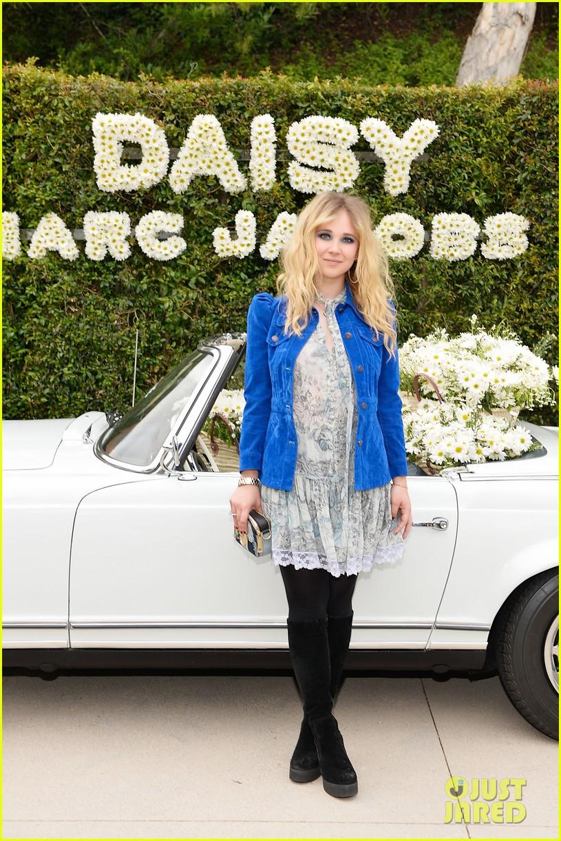kaia geber marc jacobs daisy fragrance launch 153897324