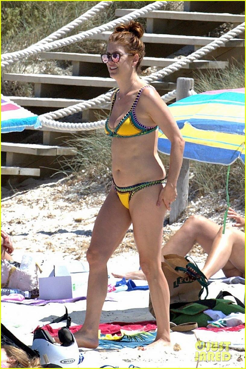 kate walsh rocks a bikini in spain 013901829