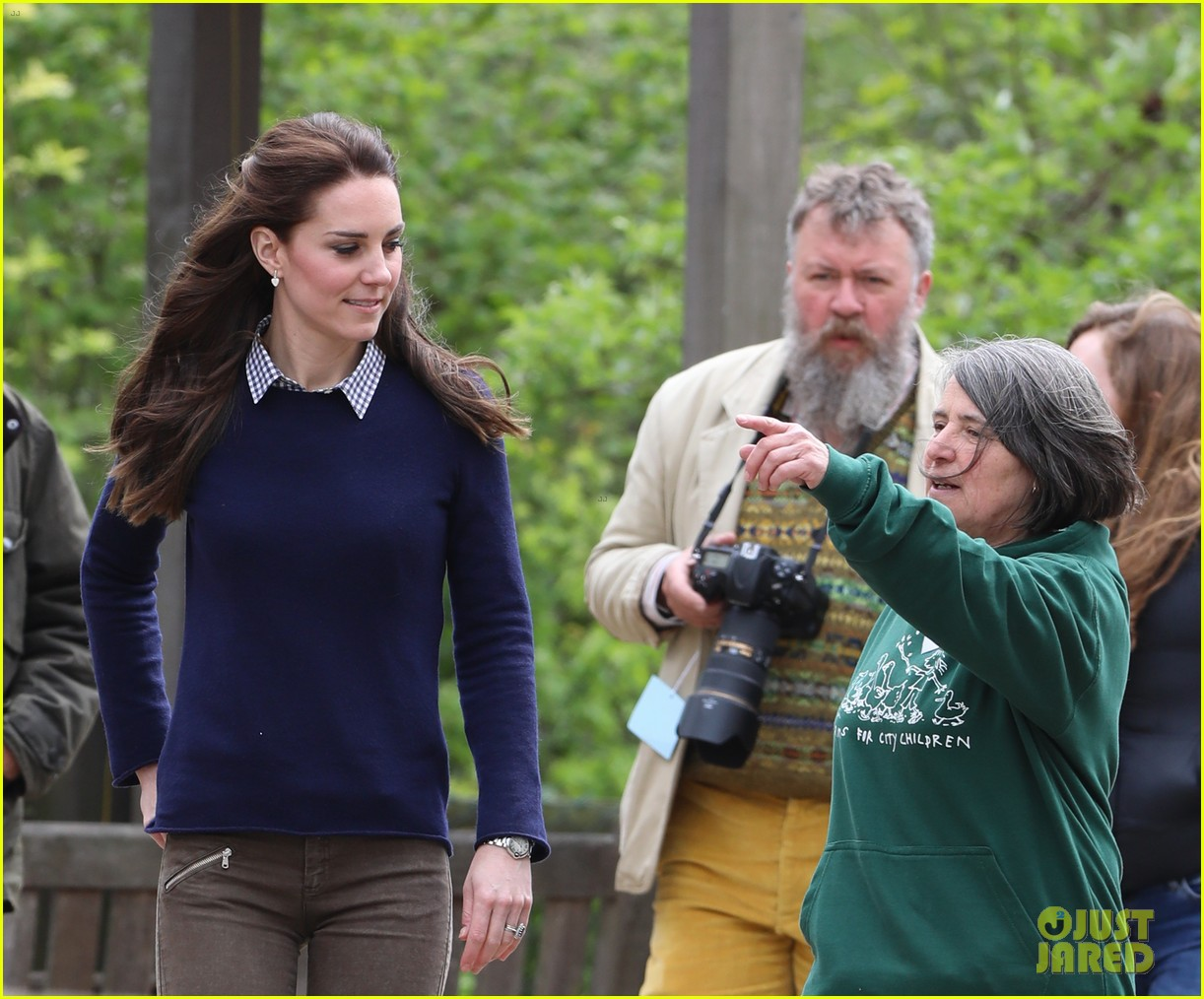 kate middleton feed baby lambs farms for children visit 063894786