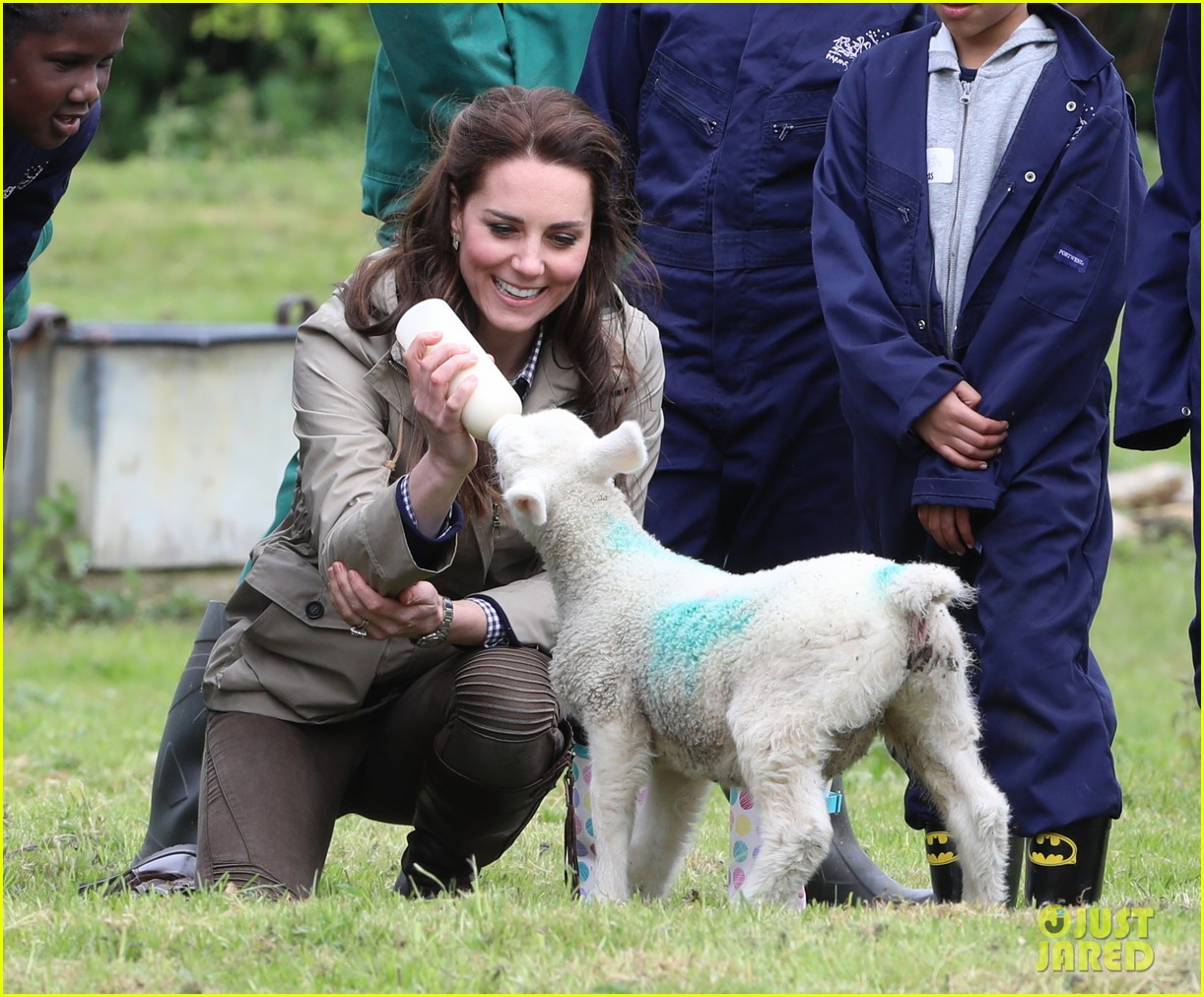 kate middleton feed baby lambs farms for children visit 183894798