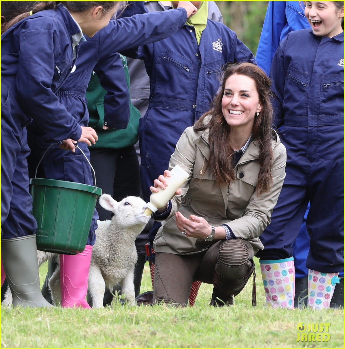 kate middleton feed baby lambs farms for children visit 193894799