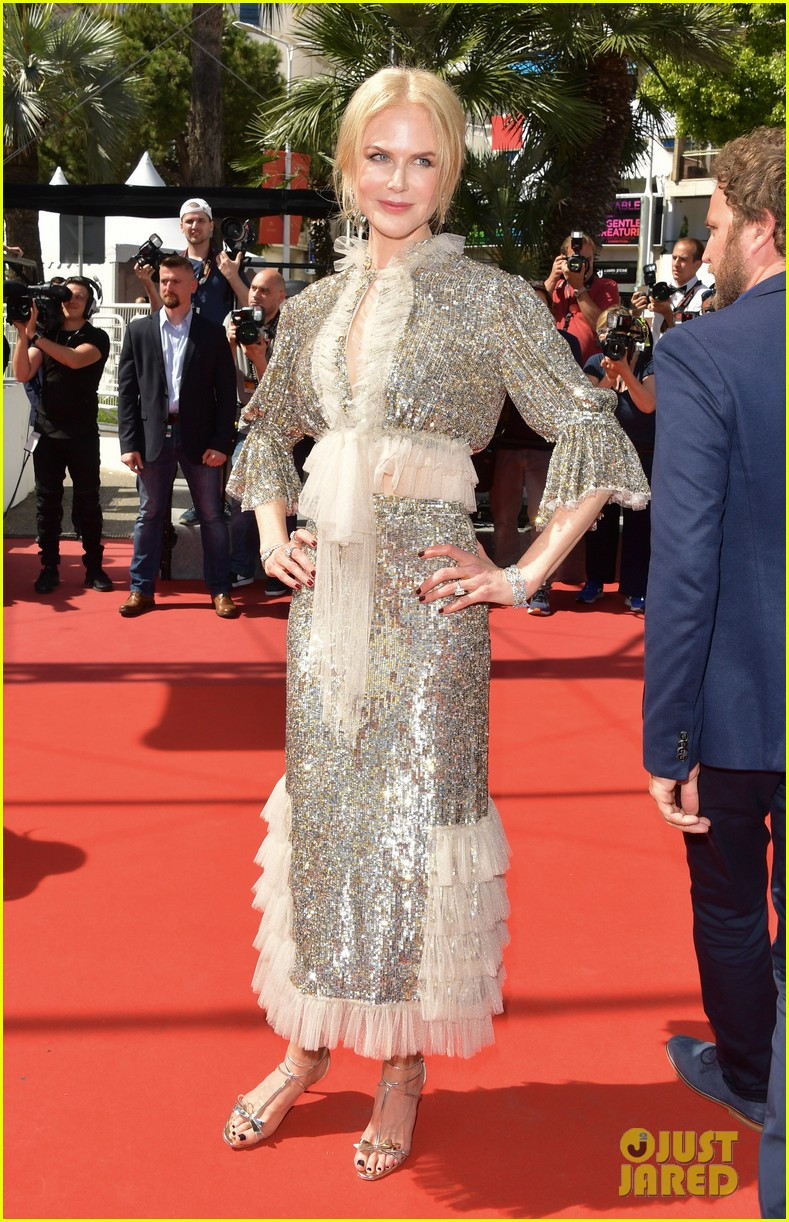 Nicole Kidman Is Punk Rock For 'how To Talk To Girls At Parties': Photo  3902510  2017 Cannes Film Festival, Alex Sharp, Elle Fanning, Nicole  Kidman