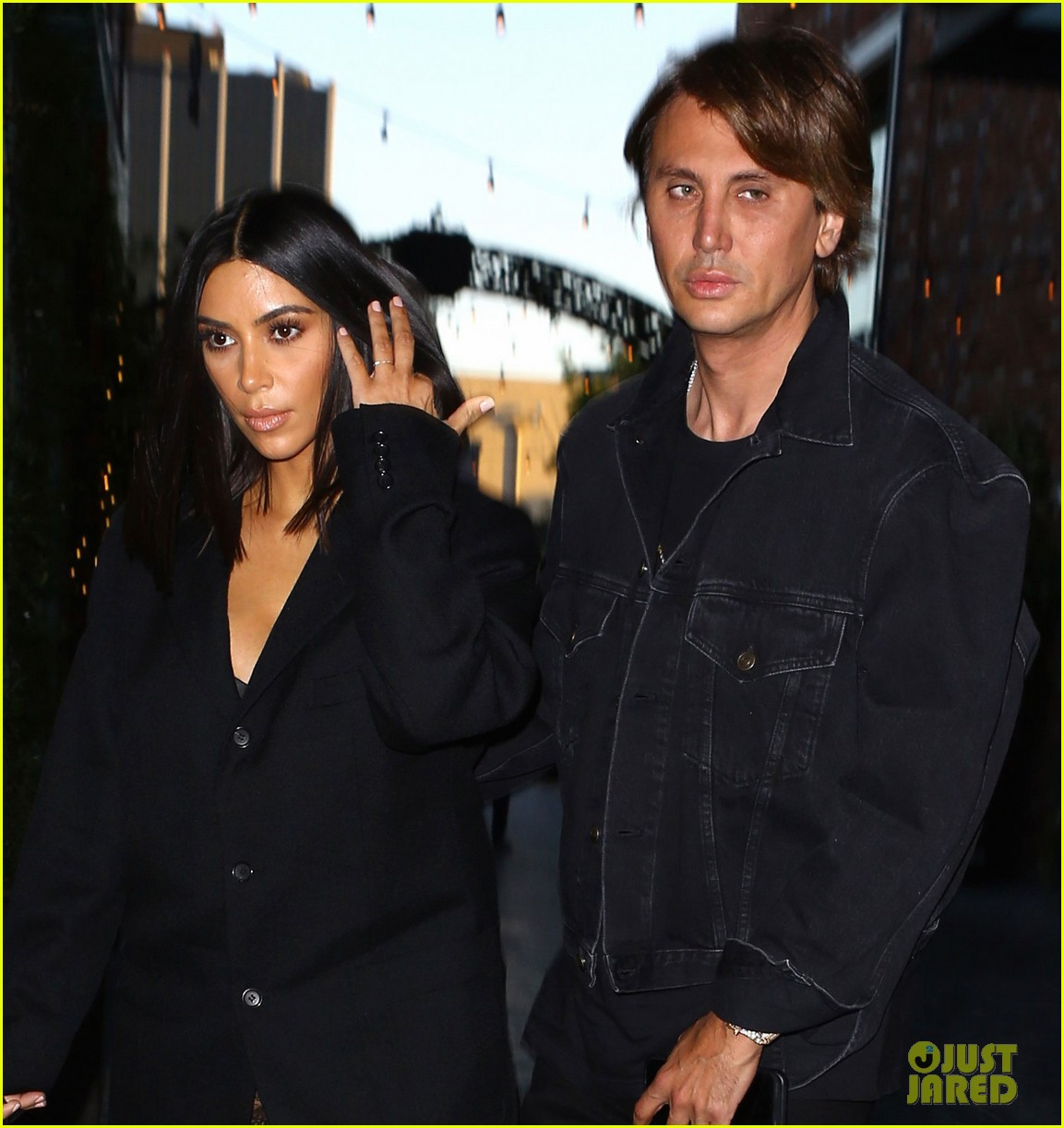 kim kardashian yells woman scott disick room 043894881