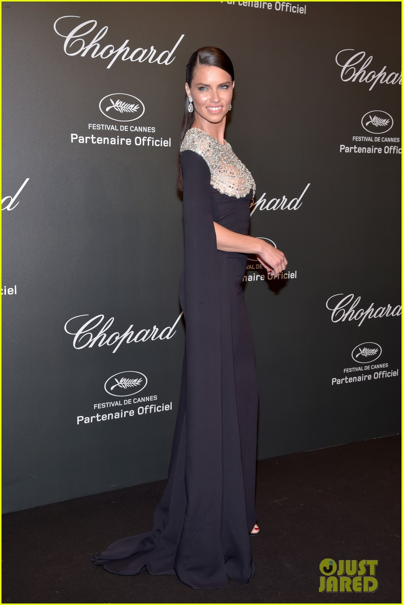 julianne moore adriana lima chopard cannes party 083901819