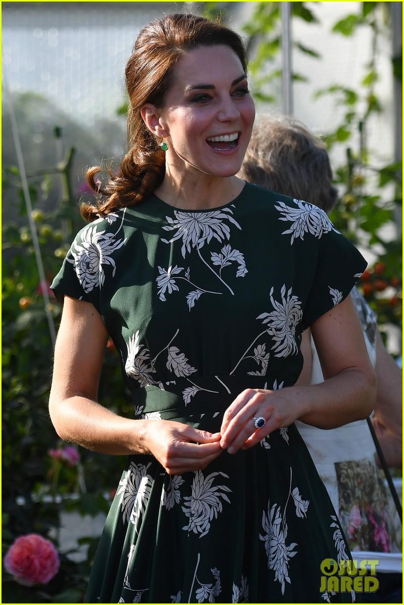 kate middleton back to work after pippas wedding 053903568